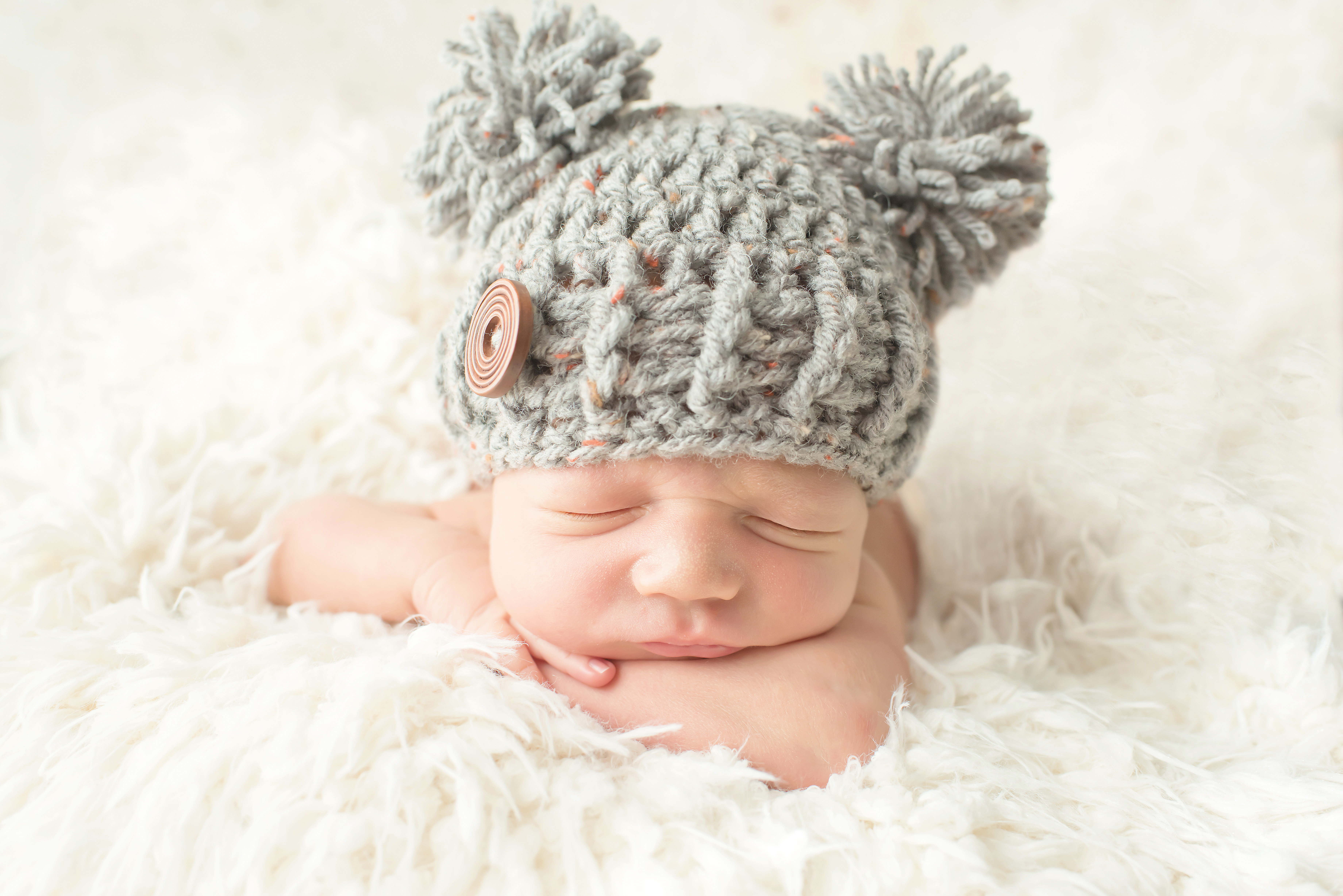 Professional photography from your own home newborn photos west sussex